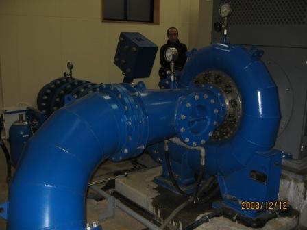 小水力発電機